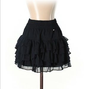 Gully Hicks skirt